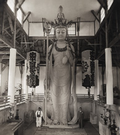 門井 耕雲 仏師(左側)と 伊藤和四五郎(右)