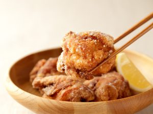 しお麹唐揚げ(調理イメージ)