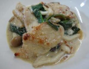 レシピ③出来あがり- 鶏むね肉の豆乳マスタードクリーム煮