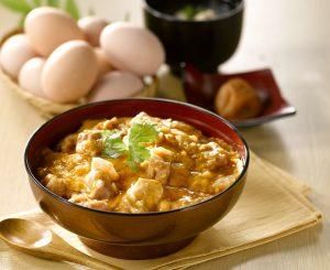 三和の純鶏名古屋コーチン特上親子丼