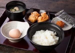 鶏三和 名古屋コーチンたまごかけご飯定食