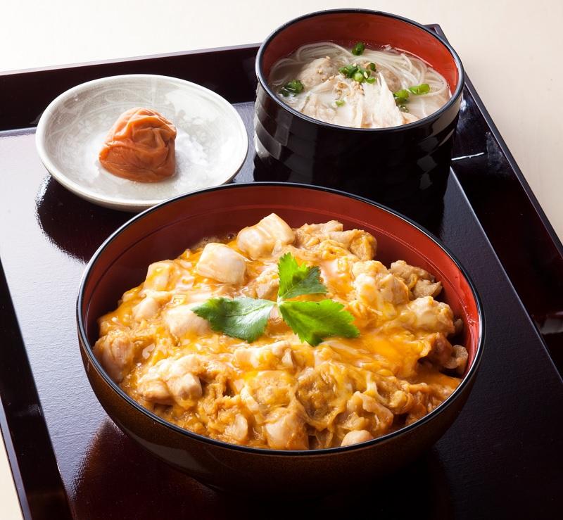 鶏三和 名古屋コーチン親子丼