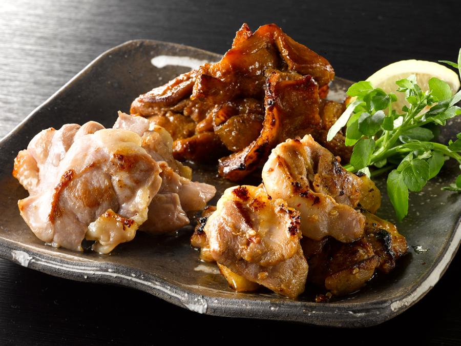 イチオシ商品!鶏三和の純鶏名古屋コーチン芳醇ステーキ肉