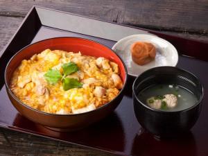 三和の純鶏名古屋コーチン親子丼