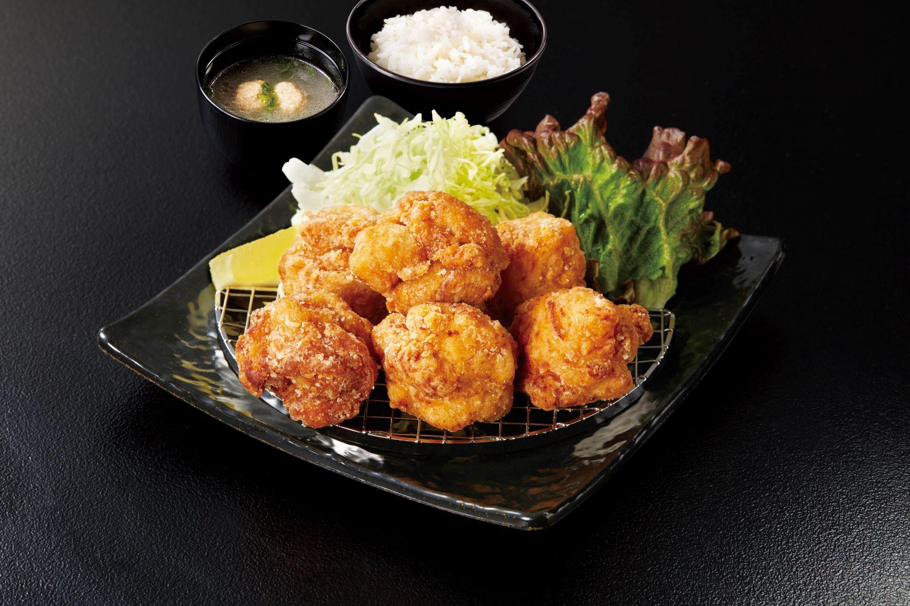 唐揚定食(調理イメージ)